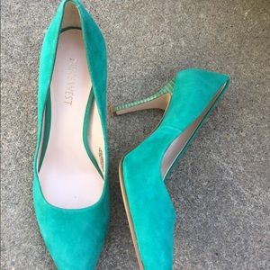 Women's Nine West Torquiest Blue Suede Pumps 7M